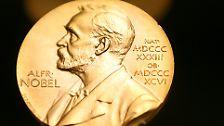 Demokratie nach der Revolution: Tunesier erhalten Friedensnobelpreis 2015