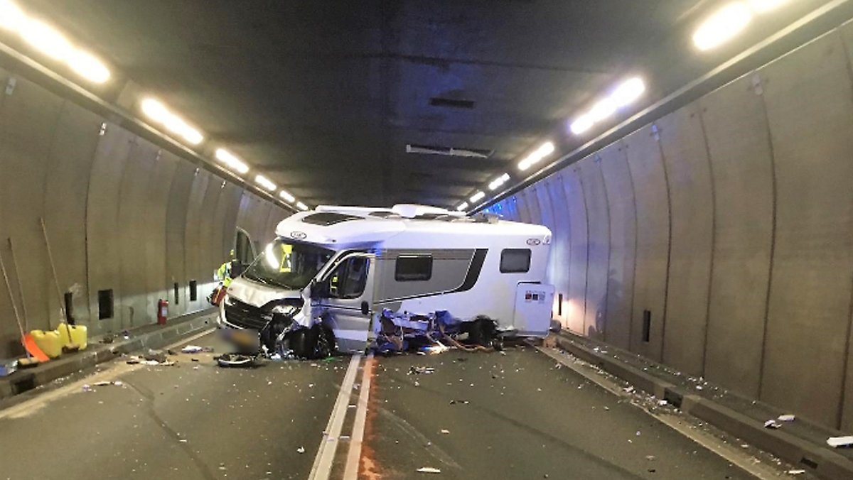 Fünf Verletzte bei Unfall im Gotthard