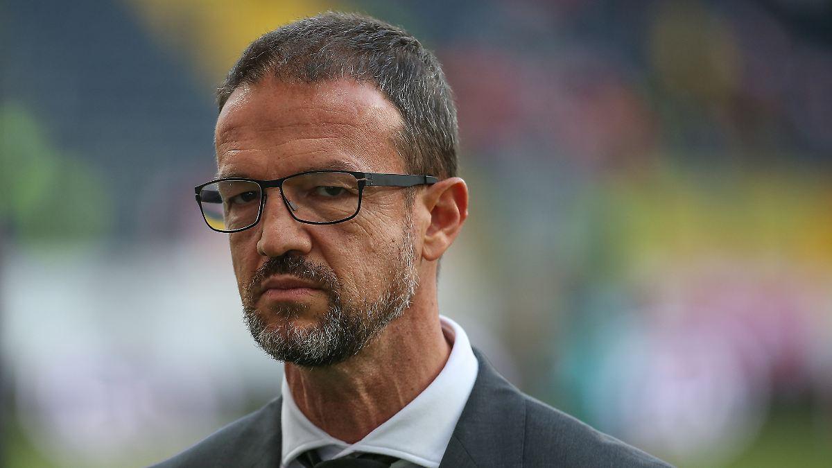"""Andi Möller entzweit Eintracht: Fans wüten gegen """"Sonnenkönig"""" Bobic"""