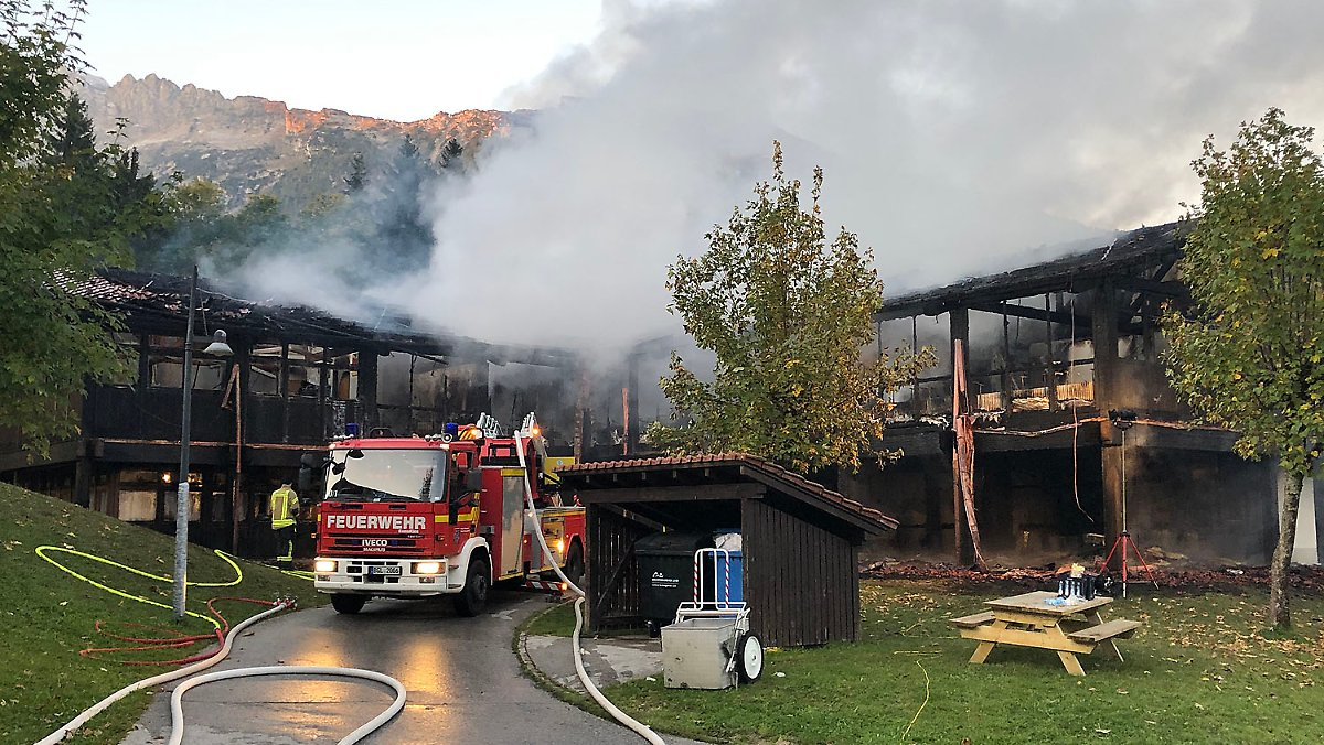 Bayerische Schule vollständig niedergebrannt