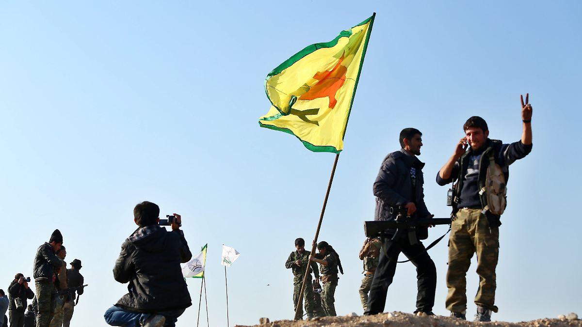 USA: YPG hat sich aus Sicherheitszone zurückgezogen