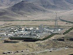 Internet wegen Unruhen gesperrt: Iran bricht weiter mit Atomabkommen