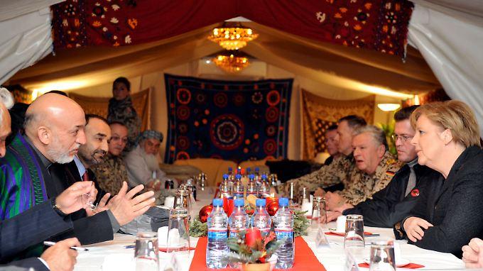 Bundeswehrabzug aus Afghanistan: Merkel legt sich nicht fest