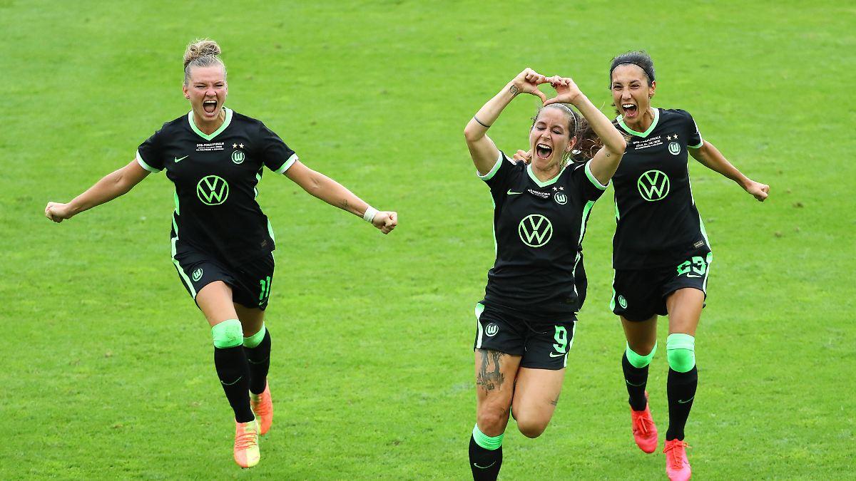 Irre Tore und Elfmeterschießen:Wolfsburg gewinnt Damen-Pokal-Finale - n-tv NACHRICHTEN