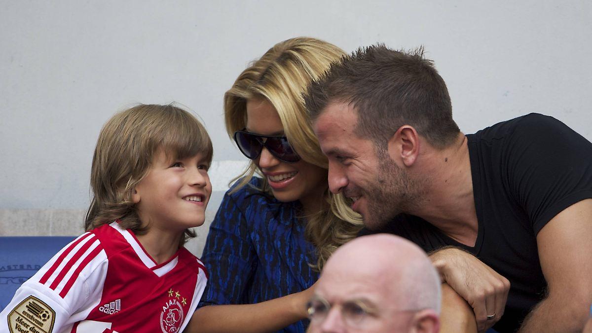 Ich Habe Eine Woche Geweint Sylvie Meis Sohn Zieht Nach Danemark N Tv De