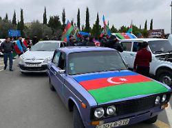69b58d12627af66079f34fc4f38f56e9 - Armenier zünden ihre Häuser an: Aserbaidschan übernimmt erste Gebiete - today