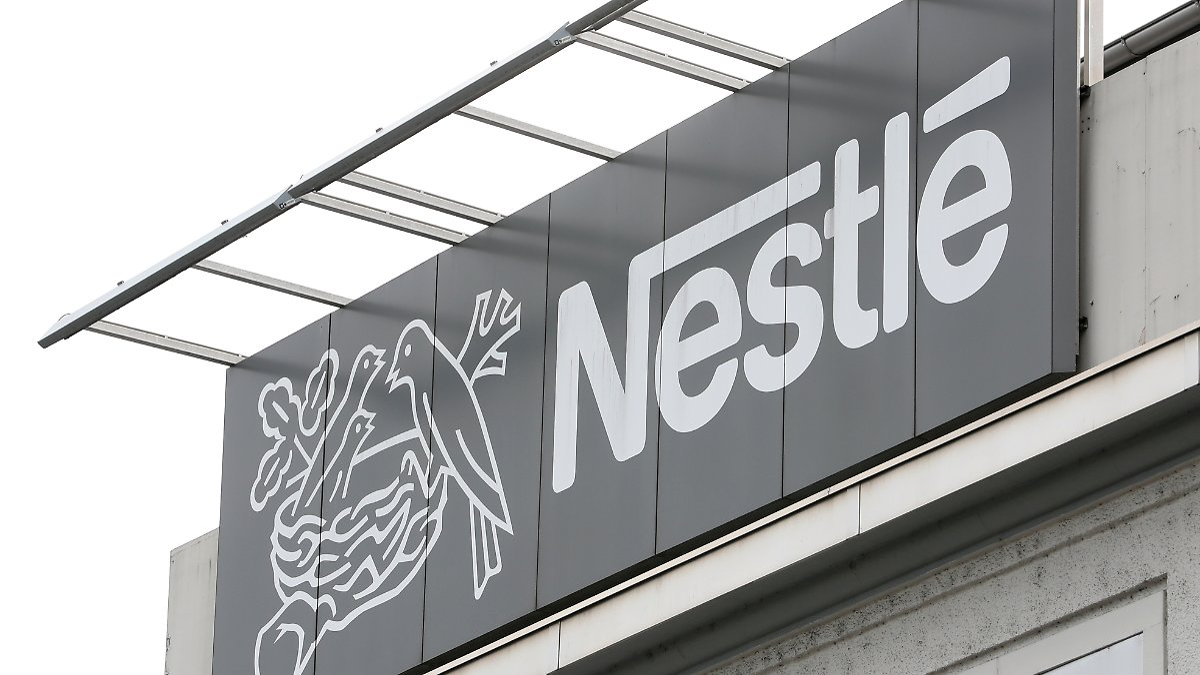 Premiummarken bleiben im Konzern:Nestlé verkauft Teile des Wassergeschäfts - n-tv NACHRICHTEN