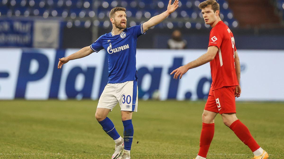 Bayer lässt Frust am VfB aus:Schalke 04 verliert gleich doppelt - n-tv NACHRICHTEN