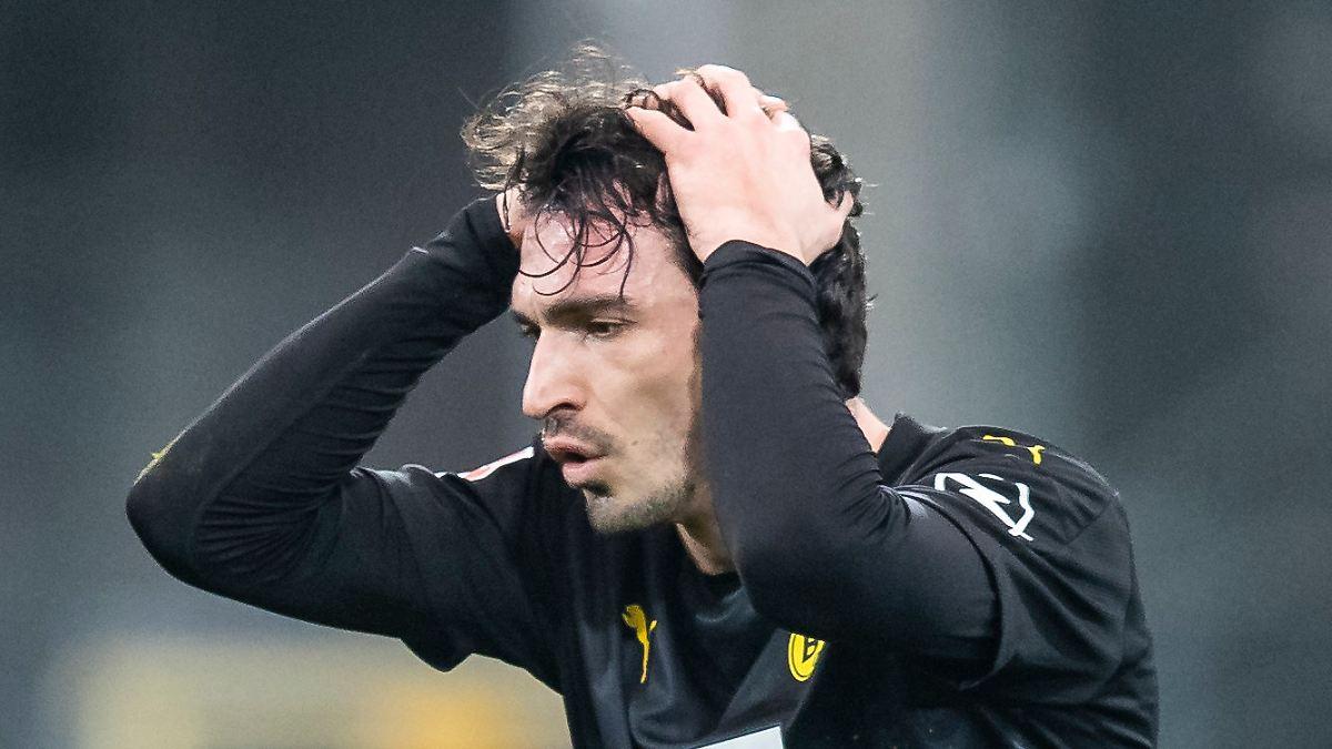 Terzic verzweifelt am Rätsel BVB:Befremdlicher Auftritt von Hummels und Can - n-tv NACHRICHTEN