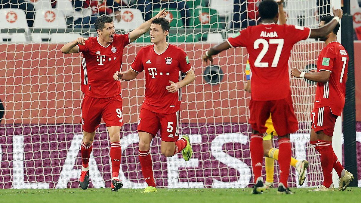 VAR übersieht Handspiel:Warum der WM-Titel der Bayern