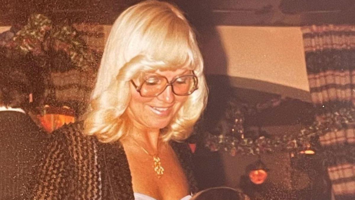 Mama Erna hat Geburtstag:Heidi Klum gratuliert mit wilden 70er-Looks - n-tv NACHRICHTEN