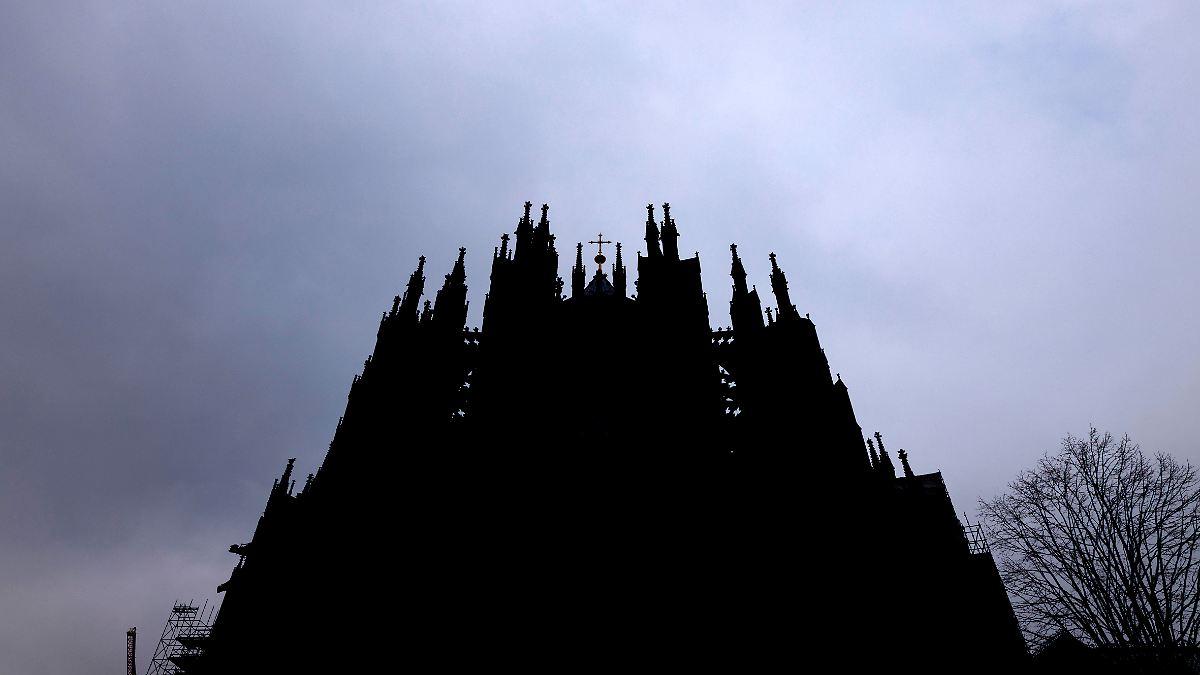 Auch Köln will trotz Inzidenz von 128 öffnen