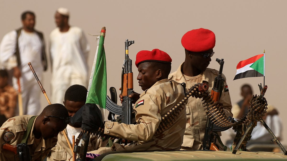 High officers suspected: attempted coup in Sudan fails - News, breaking  headlines and videos
