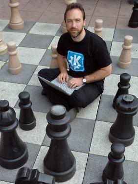 Wikipedia-Gründer Jimmy Wales ist passionierter Schachspieler und Computer-Freak.