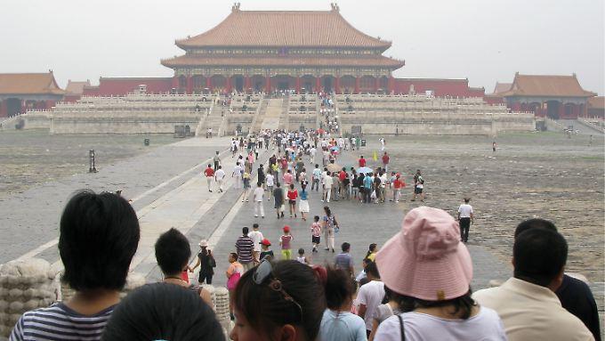 Verbotene Stadt in Peking. Deutsche Touristen haben 2011 nach Einschätzung von Experten immer häufiger Asien auf der Urlaubskarte.