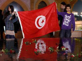 Tunesische Kinder im Libanon mit neuem Stolz auf ihr Land.
