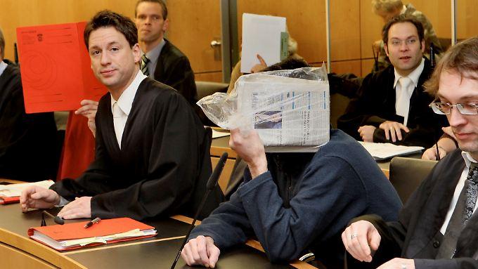 Sieben von neun Angeklagten sind bereits verurteilt.