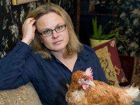 Huhn Rudi wurde von Karen Duve gerettet.