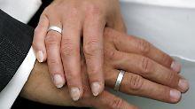 Auch in finanzieller Hinsicht sollte eine Ehe gut überlegt sein.