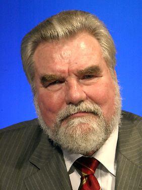 Dieter Ondracek, Vorsitzender der Steuergewerkschaft