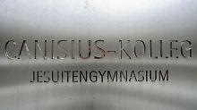 Lehrer am Berliner Canisius-Kolleg sollen in den 70er und 80er Jahren Schüler sexuell missbraucht haben.