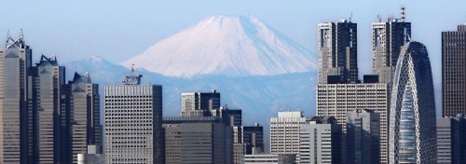 Beruhigende Aussichten: Der höchste Gipfel Japans, der Fuji unweit Tokios, ist ein schlummernder Vulkan.
