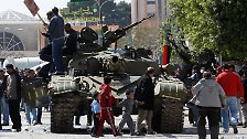"""""""Niemand soll sich Illusionen machen"""": Rebellen rücken nach Tripolis vor"""
