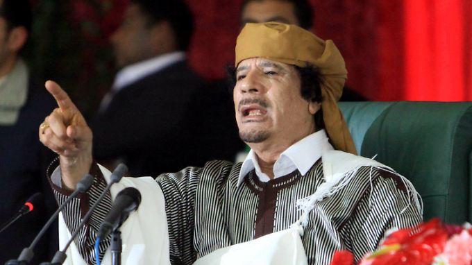 """""""Tausende würden sterben"""": Gaddafi warnt vor Eingriff von Außen"""