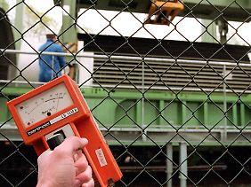 Mit einem gewöhnlichen Geigerzähler kann die Strontium-Strahlung nicht gemessen werden.