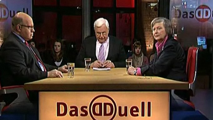 Peter Altmaier und Bärbel Höhn: Atomwende: Merkels Super-Gau?