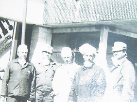 Ligun (Mitte) während seines Einsatzes in Tschernobyl.