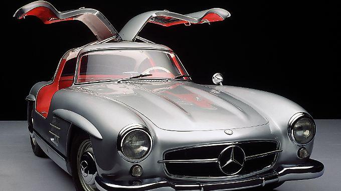 Der große Flügeltürer von Mercedes, der 300 SL, steht wie kein anderes Modell für die Blütezeit der Marke mit dem Stern.