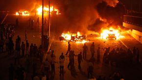 Mit Steinen und Molotow-Cocktails: Kopten in Kairo angegriffen