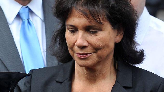 Franzosen rätseln über Vorwürfe: Ehefrau hält zu Strauss-Kahn