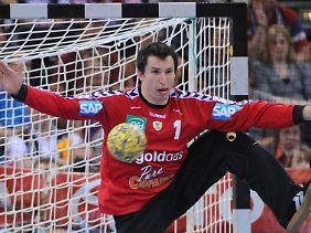 Löwen-Keeper Szmal musste verletzt raus.