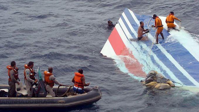 Atlantik für 74 Opfer letzte Ruhestätte: AF-447-Bergungsarbeiten beendet