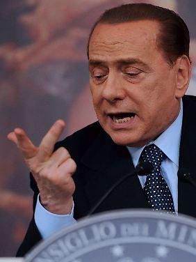 Hat seine Niederlage in der Atompolitik bereits eingeräumt: Silvio Berlusconi.