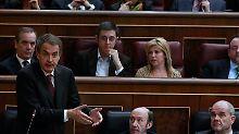 Im Mai erlitt die Partei von José Rodríguez Zapatero ein Debakel. Hat sich der Sozialist deswegen nun doch mit dem Gedanken an Neuwahlen angefreundet?