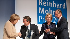 Für vorbildliche Bürgerbeteiligung: Merkel übergibt Reinhard-Mohn-Preis