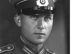 Dickopf als Wehrmachtsoldat 1935.