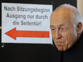 Heiner Geißler droht mit einem Rückzieher.