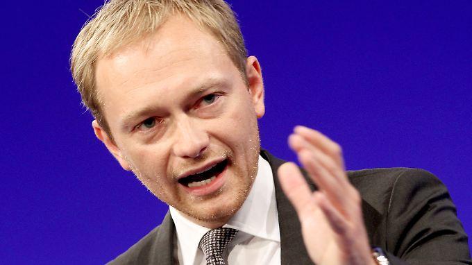 Streit in der Regierung: Steuersenkung soll FDP retten