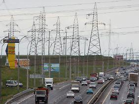 Strommasten in der weißrussischen Hauptstadt Minsk.