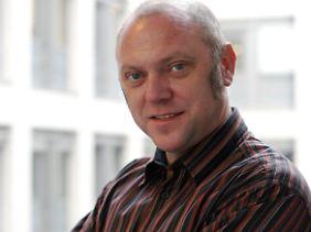 Ulrich Schneider: Wir müssen uns über das Jahr 2011 retten.