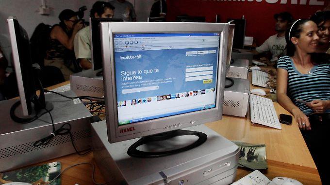 Dieser Computer mit Internetzugang bleibt unbesetzt.