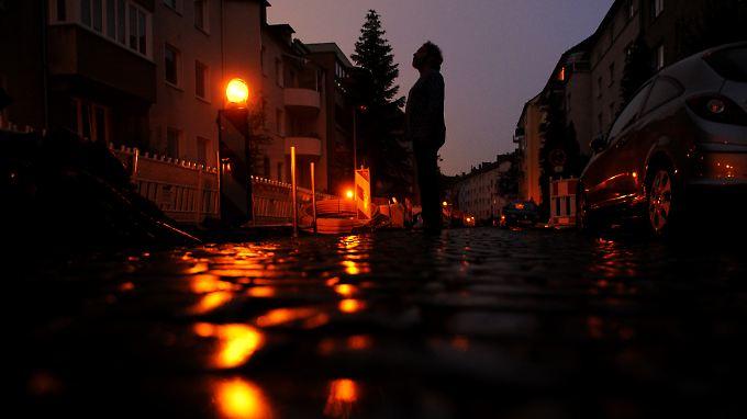 30 Minuten Dunkelheit: Stromausfall legt Hannover lahm