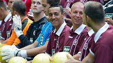 Die Trikotsponsoren der Bundesliga: Millionen auf der Brust