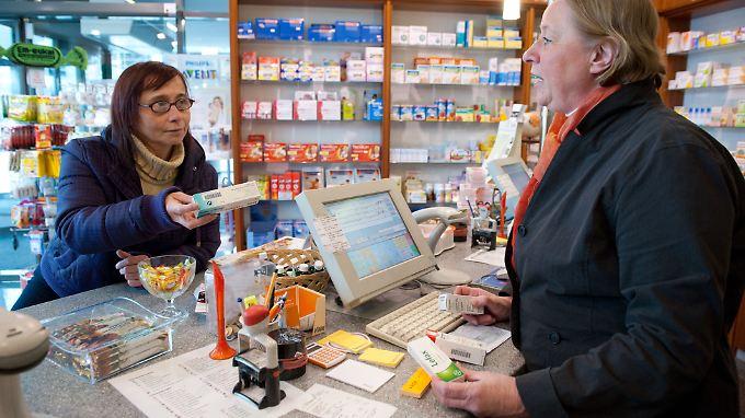 Empfänger von Arbeitslosengeld I erhielten im Schnitt Medikamente für 254 Tage des Jahres.