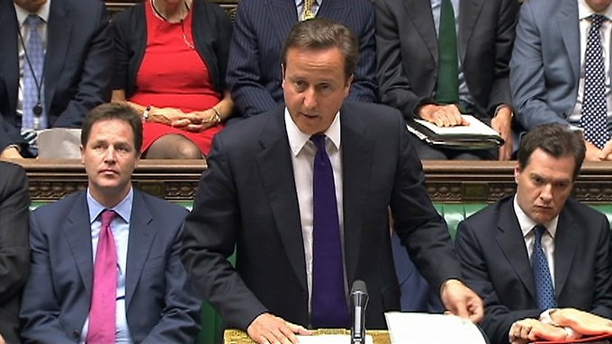 Premier-Minister David Cameron spricht im englischen Parlament