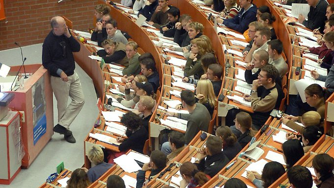 Bundesfinanzhof entscheidet: Ausbildungskosten steuerlich absetzbar